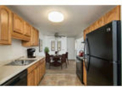 Perinton Manor Apartments - One BR, One BA 779 sq. ft.