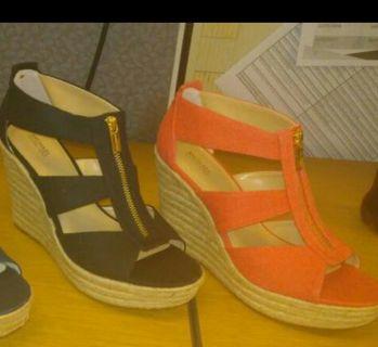 2 pairs Michael Kors sandles size 10
