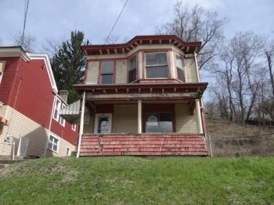 3 Bed 1 Bath Foreclosure Property in Wheeling, WV 26003 - National Rd