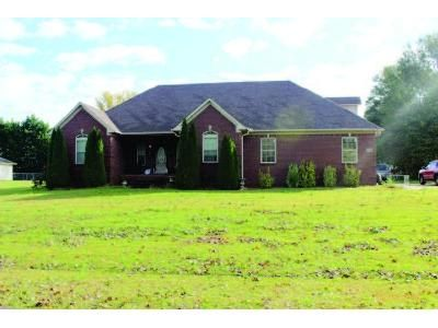 3 Bed 2 Bath Foreclosure Property in Athens, AL 35613 - Fairway Dr