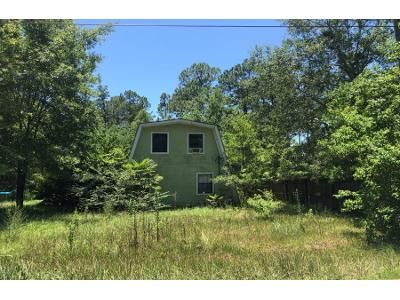 4 Bed 2 Bath Foreclosure Property in Gautier, MS 39553 - Robertsdale Dr