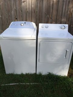 HE Whirlpool Cabrio Washer and Extra Large Capacity Dryer