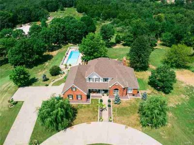 1699 Towne View De Soto Five BR, Newly Updated !!!!Searching for
