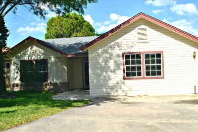 726 Cypress Hill Dr - Home for Sale 4/2/2 in San Antonio, TX 78245