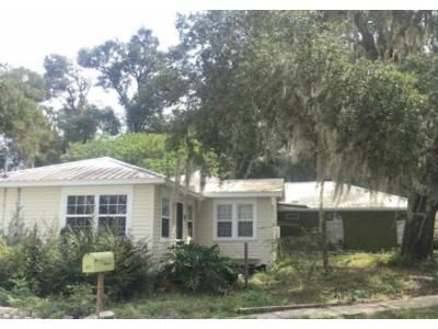 4 Bed 2 Bath Foreclosure Property in Keystone Heights, FL 32656 - NE Holly Ave