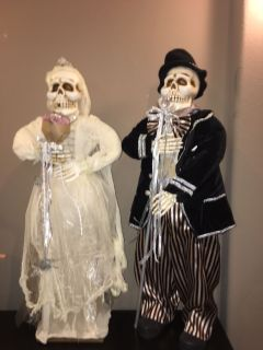 Me and Mrs skeleton set about 3 feet tall
