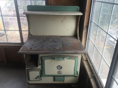 1900 s quick meal stove