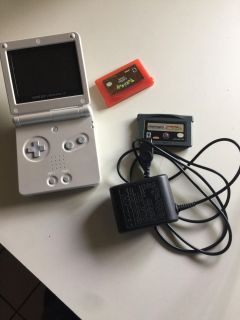 Nintendo Game Boy Advance SP, 2 games and charger