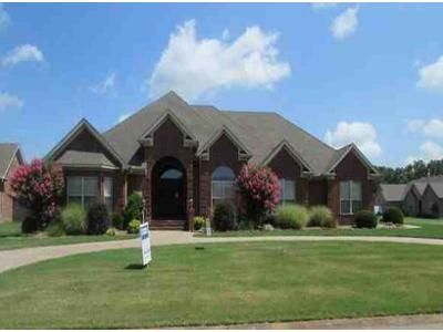 3 Bed 2.5 Bath Foreclosure Property in Cabot, AR 72023 - Blanchard Dr