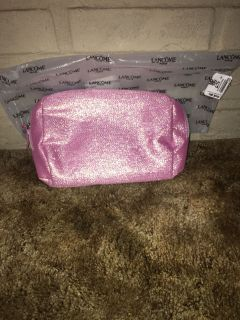 Lanc me make up bag