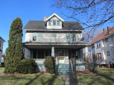 4 Bed 1 Bath Foreclosure Property in Lorain, OH 44052 - W 10th St