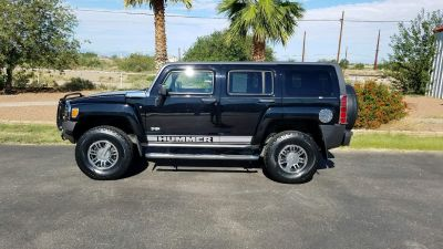 Extra clean! Low miles! 2007 Hummer H3!