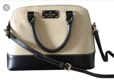 Kate Spade crossbody (bigger one) in great condition, just don t use anymore.