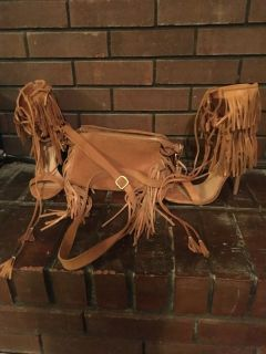 Leather suede fringe stilettos purse sz 7.5 tan brown