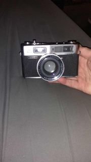 YASHICA Camra mint condition Vintage