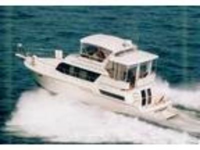 1997 Carver 430-Cockpit-Motor-Yacht Power Boat in Fort Lauderdale, FL