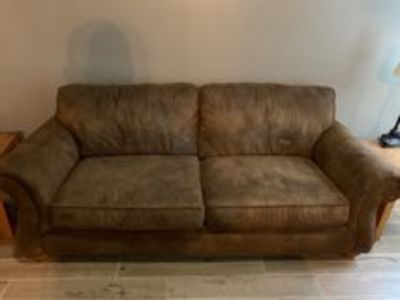 Broyhill suede couch