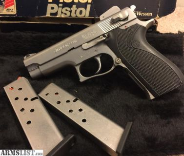 For Sale: S&w 3906single stacked