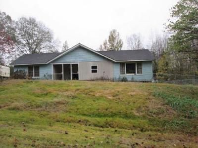 3 Bed 1 Bath Foreclosure Property in Inman, SC 29349 - Geddis Rd