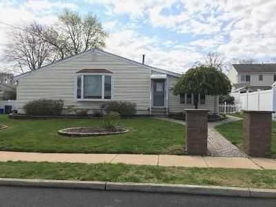 3 Bed 1 Bath Foreclosure Property in Keyport, NJ 07735 - Woodshore E