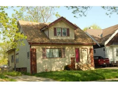 5 Bed 2 Bath Foreclosure Property in Milwaukee, WI 53210 - N 44th St