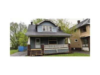 3 Bed 1 Bath Foreclosure Property in Cleveland, OH 44128 - E 147th St