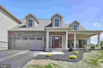 7 Tree View Carlisle Three BR, Welcome Home to The Village at
