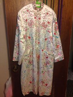 Vintage 1960s Chinese Hand Embroidered Floral Pattern Jacket by Plum Blossoms