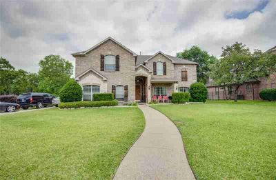 2203 Creekedge Court CORINTH Five BR, Awesome Lease Home in a
