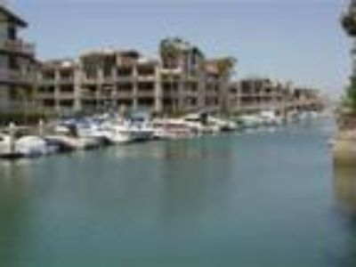 Waterfront Community - Condo