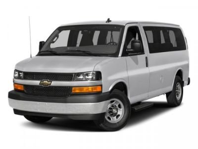 2018 Chevrolet Express Passenger LS (Summit White)