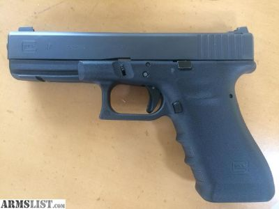 For Sale: Glock 17 Vickers