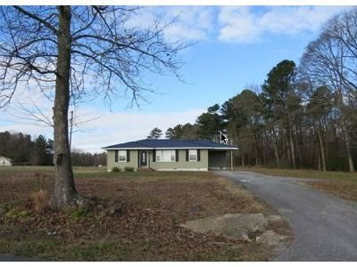3 Bed 1.5 Bath Foreclosure Property in Albertville, AL 35950 - Highpoint Rd