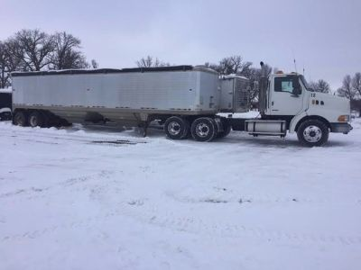 2000 Sterling 9513 & 1996 Timpte 40' SM Grain Trailer