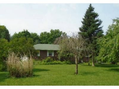 3 Bed 3 Bath Foreclosure Property in Hopewell Junction, NY 12533 - Oak Ridge Rd