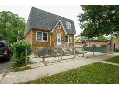 4 Bed 3 Bath Foreclosure Property in Evanston, IL 60201 - Darrow Ave