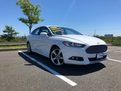 2015 Ford Fusion 4dr Sdn SE FWD (Oxford White)