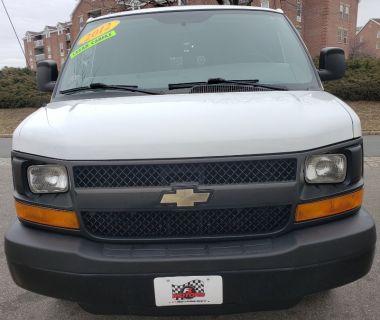 2012 Chevrolet Express 2500 2500 (White)