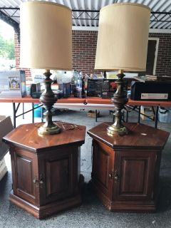 Two Antique End Tables with two lamps!
