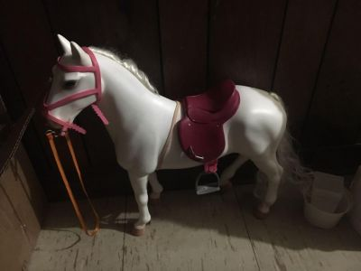 Horse for American girl dolls or dolls of that size