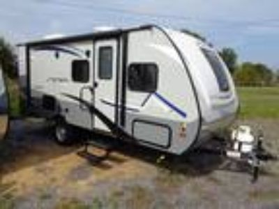 2019 Coachmen Apex 193BHS