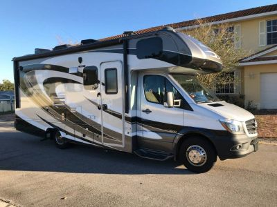 By Owner! 2016 24 ft. Forest River Sunseeker w/slide