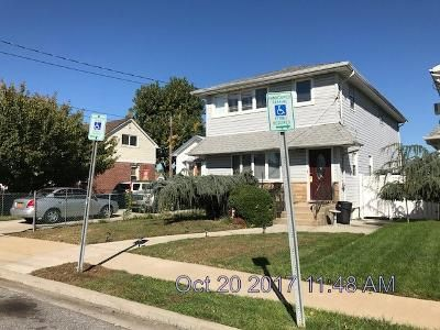 5 Bed 2 Bath Foreclosure Property in Franklin Square, NY 11010 - 1st Avenue