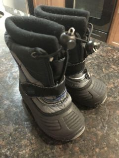 Size 7/8 toddler boots (run small!)