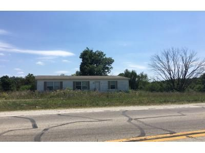 3 Bed 2 Bath Foreclosure Property in New Paris, OH 45347 - State Route 121 N