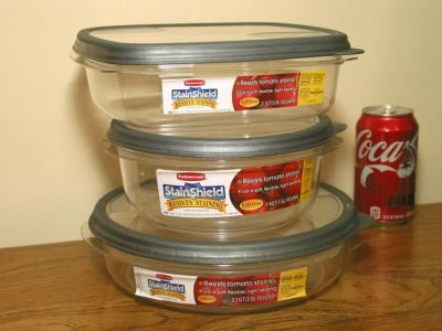 NEW Rubbermaid StainShield Food Containers
