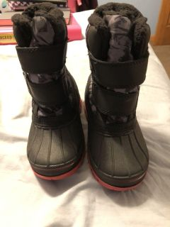 Target thermolite boots for toddlers 7/8