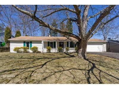 3 Bed 1.5 Bath Foreclosure Property in Bedford, OH 44146 - Randolph Rd
