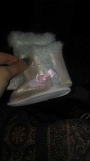 Baby girl pink boots