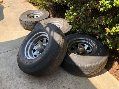 Four rims Ford F-150 1991